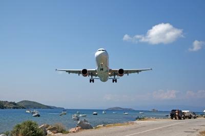 Kontakt Anreise-Flugzeug-Ferienwohnung-Sylter-Deichwiesen