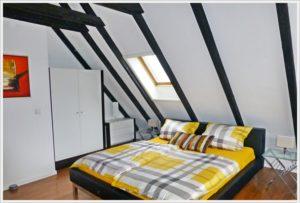 Dachzimmer günstige-ferienwohnung-sylt https://www.sylter-deichwiesen.de/guenstige-ferienwohnung-auf-sylt-in-westerland