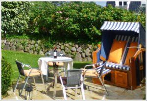 Terrasse-Ferienwohnung-auf-Sylt www.sylter-deichwiesen.de